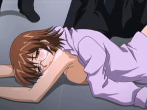 【エロアニメ お母さん】「お母さん見ないで!」親の前で無慈悲にも中出しレイプされてしまう巨乳美少女